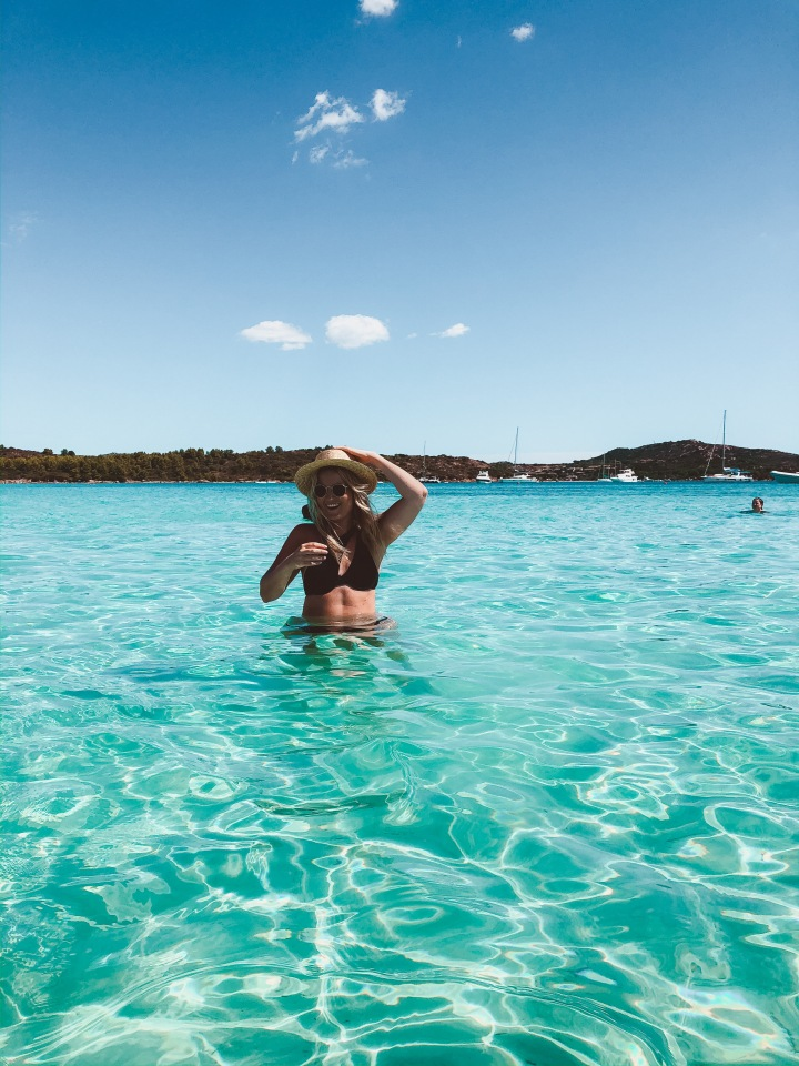 SUN, SEA AND SPRITZ: SARDINIA